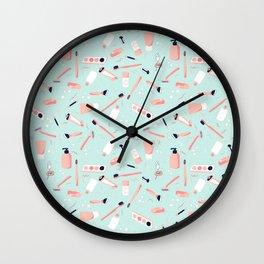 Faire La Toilette- Matin Wall Clock