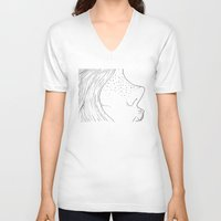 emma stone V-neck T-shirts featuring Emma by reunion beautiful island