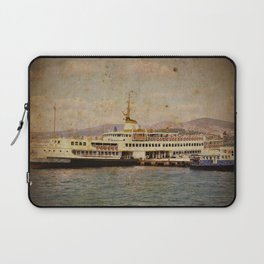 Longboattie. Laptop Sleeve