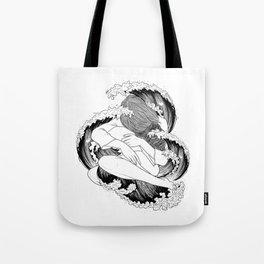 battle of waves. Tote Bag