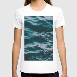 water waves T-shirt