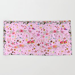 Say I love you with flowers Beach Towel