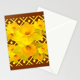 Coffee Brown Pattern of Golden Daffodils Art Stationery Cards