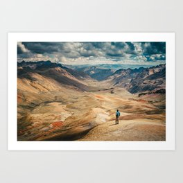 Man front of the mountain Art Print