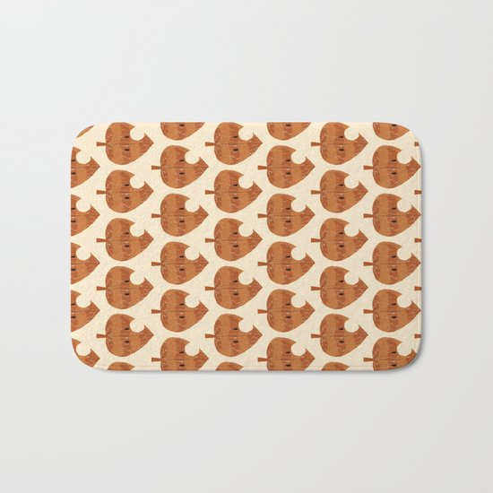 raccoon leaf pattern Bath Mat