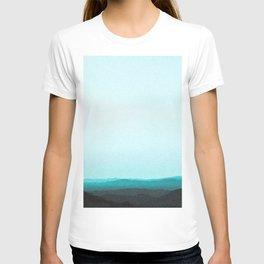 Dreamy Mountain Range | Serene Calm Turquoise Blue Aqua Ombre Daydream Sunset California Hills T-shirt