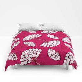 African Floral Motif on Magenta Comforters