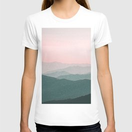 Dreamy mountains and pink sky. T-shirt