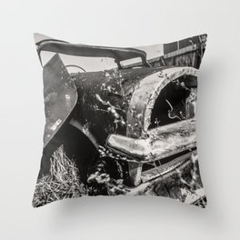 Dead cars Throw Pillow