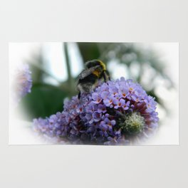 BEE ON 'BUTTERFLY BUSH' Rug
