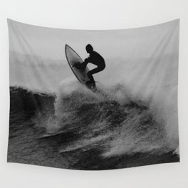 Surf black white Wall Tapestry