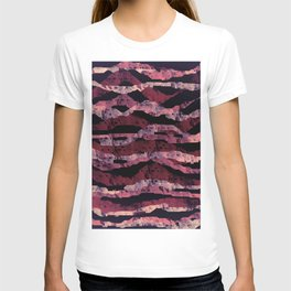 Abstract waves T-shirt