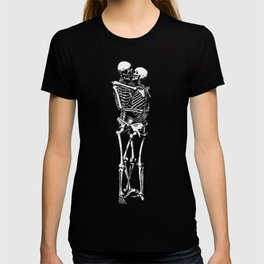 Kissing Skeleton T-shirt