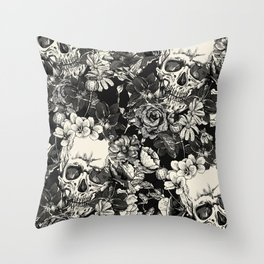 SKULLS HALLOWEEN SKULL Throw Pillow