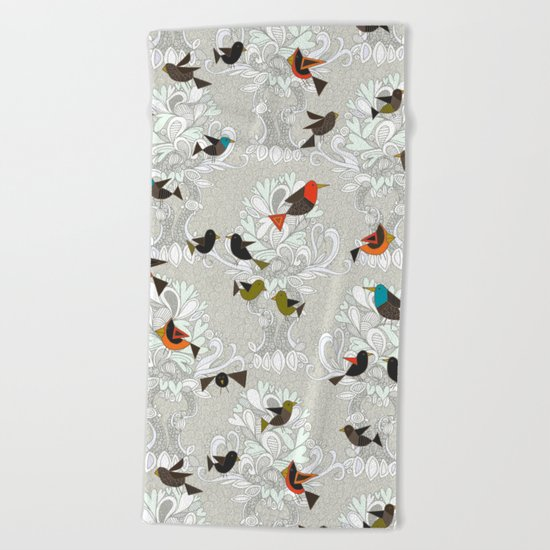 bird love trees Beach Towel