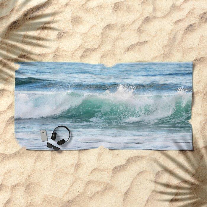 OCEAN WAVE Beach Towel