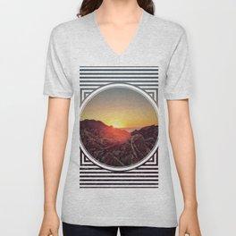 Peel Sunset  - line/circle graphic Unisex V-Neck