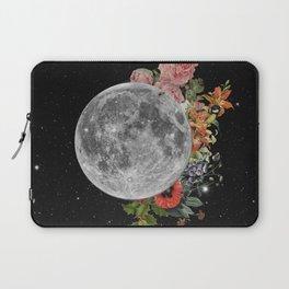 .Stuck Behind the Moon. Laptop Sleeve