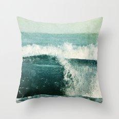 nouvelle vague Throw Pillow