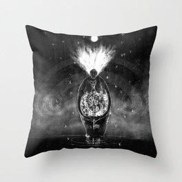 Haelung (Healing) Throw Pillow