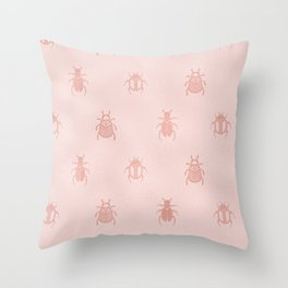 Beetles en rose gold Throw Pillow