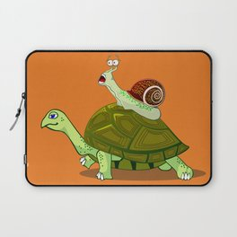 Frightened Snail Hitches a Ride Laptop Sleeve