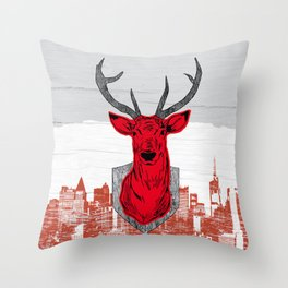 Chasse urbaine Throw Pillow