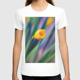 Itsy Bitsy Daffodil Bloom T-shirt