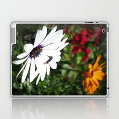 Flower Power 8 Laptop & iPad Skin