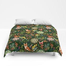 Treasures of the emerald woods Comforters
