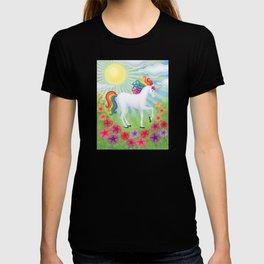 daydreamer (rainbow unicorn), sunshine, petunias T-shirt