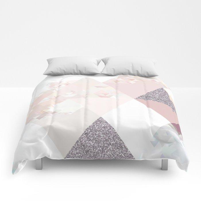 Triangles in glittering Rose quartz - pink glitter triangle pattern Comforters