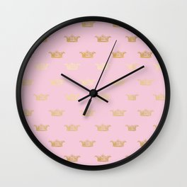 Princess gold crown pattern on pink background Wall Clock