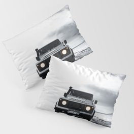 landrover defender in iceland Pillow Sham