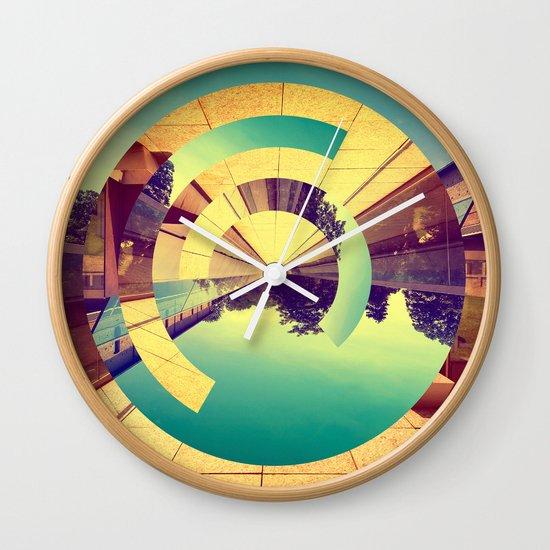 L'Infinito Wall Clock