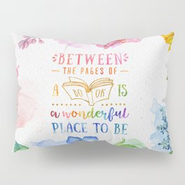 Between the pages Pillow Sham