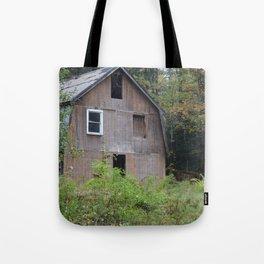 Old barn Tote Bag
