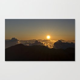 Sunrise in Maui Canvas Print