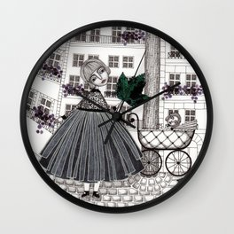 Hadessah's Leaf Wall Clock