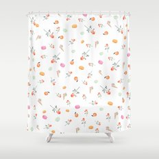 ROSES & MACARONS Shower Curtain