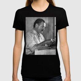 Ernest Hemingway T-shirt