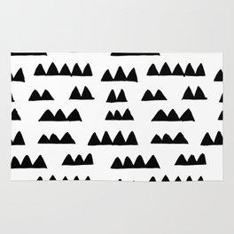 triangle pattern ii Rug