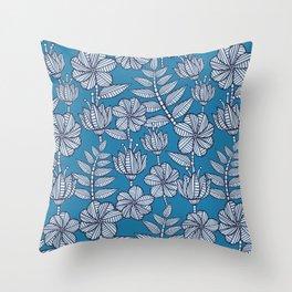 Nairobi flowers Throw Pillow
