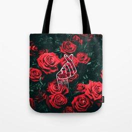 Love Finger Snap Roses Tote Bag