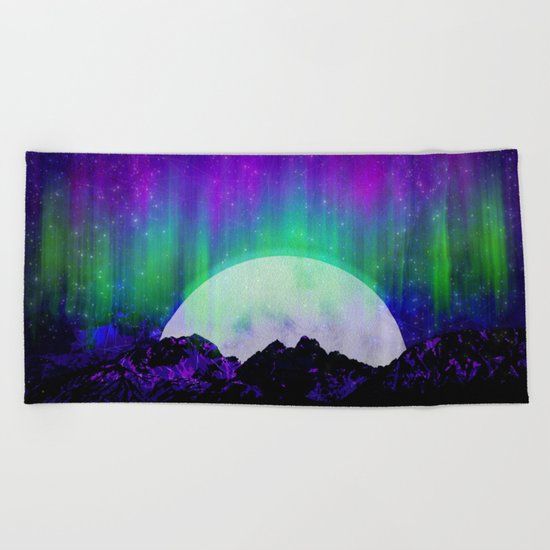 Under the Northern Lights Beach Towel