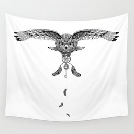 The owl is dreaming Wall Tapestry