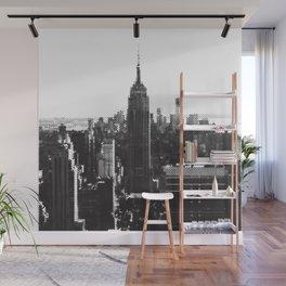 Halftone New York Skyline Wall Mural