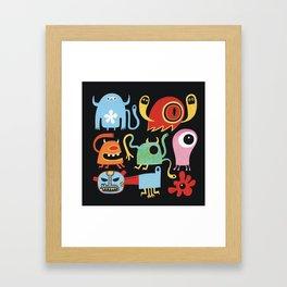 Petites créatures Framed Art Print