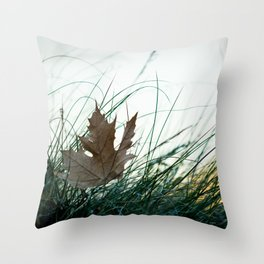 Left by the wind Throw Pillow