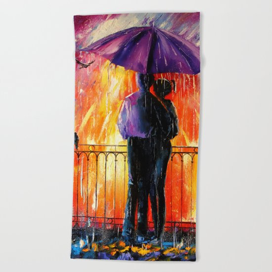 Rain for lovers Beach Towel